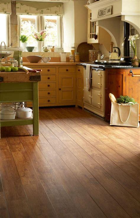 Des Kitchen Review by Polyflor Camaro Vintage Timber 2220 Vinyl Flooring
