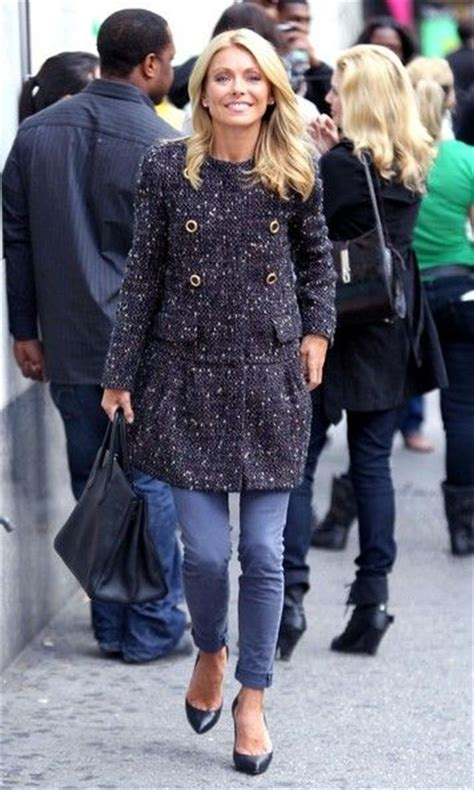 does kelly ripa wear ryka hairstylegalleries com 17 best images about kelly ripa style on pinterest blue