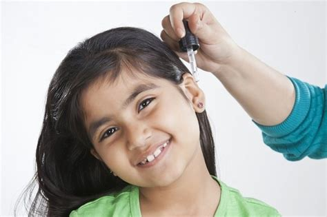 Obat Tetes Telinga Untuk Bayi antisipasi sebelum menggunakan obat tetes telinga alodokter