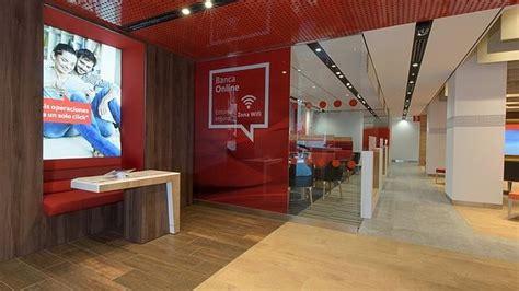 oficina banco santander barcelona el banco santander estrena su oficina del futuro para