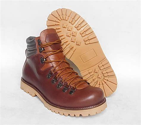 Big Size 45 46 47 Sepatu Boots Pria Humm3r Balado Black Kickers Vans jual sepatu gunung boots pria jumbo big size ukuran besar kulit waterproof wetan store