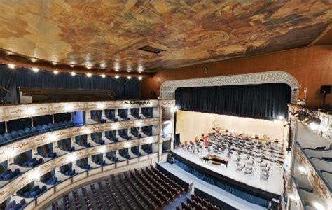 entradas teatro alameda malaga el teatro cervantes de m 225 laga
