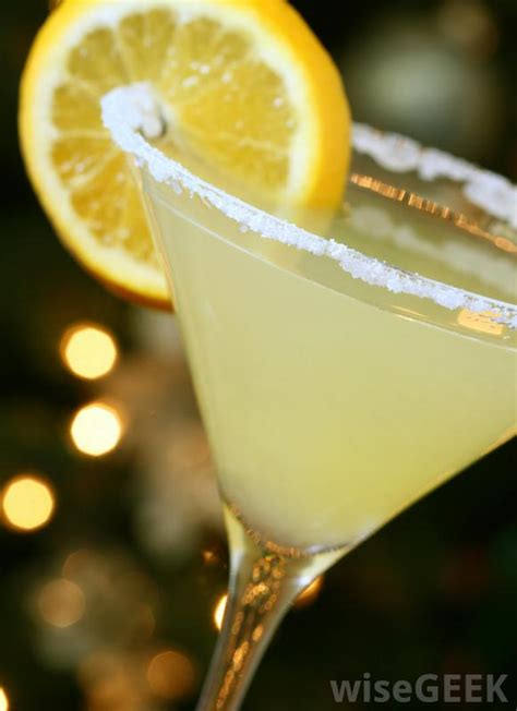 lemon drop martinis what is a lemon drop martini with pictures