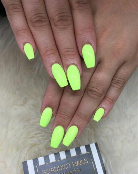 nail fluo