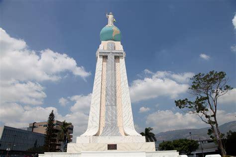 imagenes impresionantes de el salvador monumento a el salvador del mundo el salvador it is