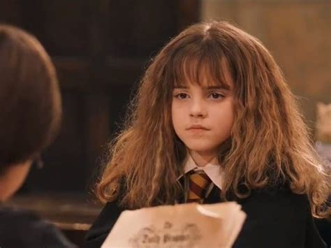 hermione granger in the 1st movoe emma watson wore fake teeth for one scene in the first