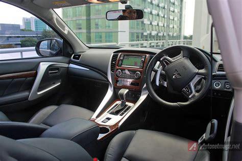 mitsubishi pajero sport 2016 interior interior mitsubishi expander tipe sport kombinasi hitam