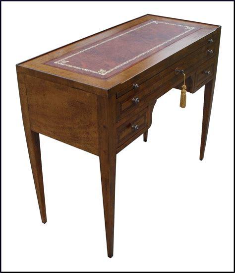 mobili in pelle scrittoio classico con piano in pelle 100 la commode di