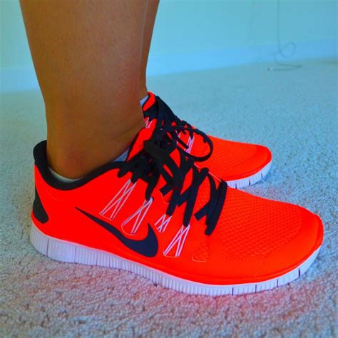 neon sneakers nike nike neon orange sneakers ooo la la some like it bright
