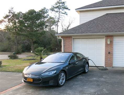 Charging Tesla At Home Image Tesla Model S Charging Home Of Assemblyman