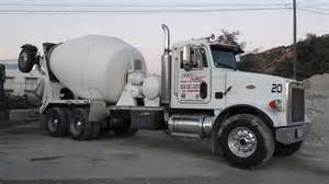 Wheels Concrete Truck Concrete Truck Cement Delivery Mixer Trucks Rear Chute