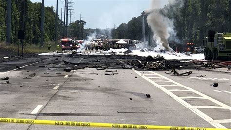 as many as 9 feared dead as air national guard plane crashes in