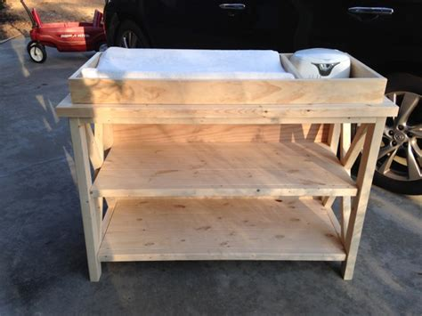 Rustic Bathroom Decor - free baby changing table woodworking plans