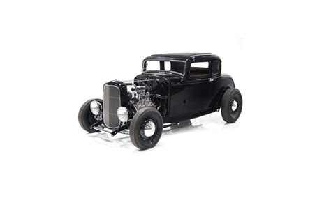 1932 ford 5 window rod