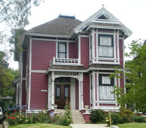 how to buy a house in los angeles real tv houses and how much the cost thrillist