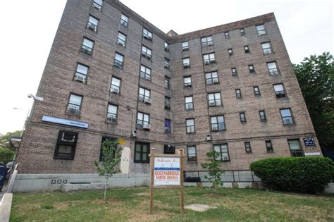 queensbridge housing projects asian immigrant nycha tenants struggle to get tranlation