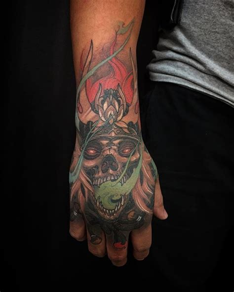 japanese tattoo on hand skull samurai hand chronicink wearproud workproud