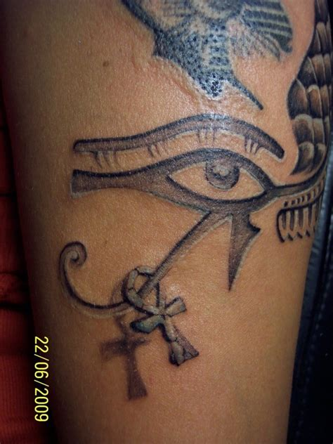 egyptian ankh tattoo eye of horus and ankh fonts