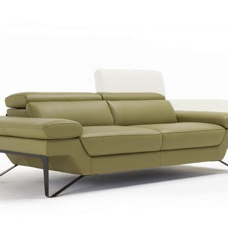 divani in pelle scontati divano in vera pelle 50 divani a prezzi scontati
