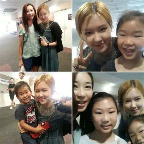 Blackpink Family   blackpink s ros 233 spotted posing with fans in australia