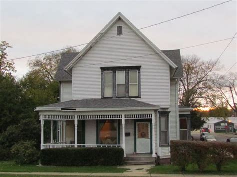 houses for sale wilmington il 220 n kankakee st wilmington il 60481 home for sale and real estate listing