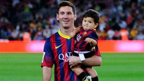 lionel messi family biography lionel messy family parents brothers son successstory