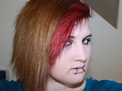 edgy red hairstyles 26 two tone amazing hairstyles for women 187 new medium