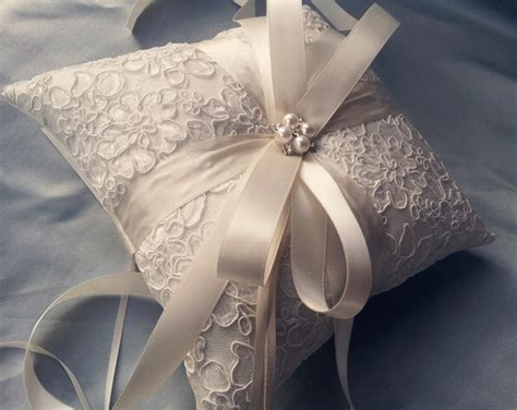 How To Make A Ring Pillow For A Wedding by Wedding Gown The Story About Enchanting Lace