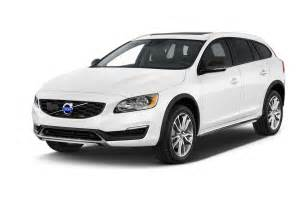 Volvo It 2016 Volvo V60 Cross Country Reviews And Rating Motor Trend