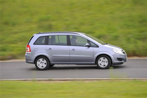 vauxhall zafira 2014 car review 208097 vauxhall zafira 2005 2014