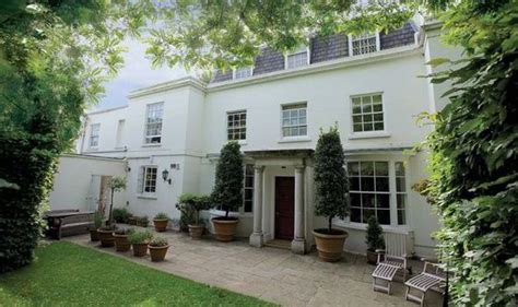 houses in london for sale london mansion goes on sale for record 163 105m 640 times