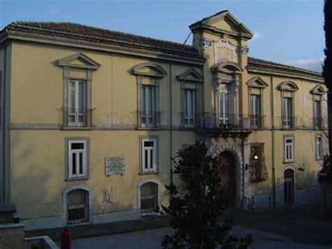 libreria giunti avellino il palazzo victor hugo biblioteche privati e la storia