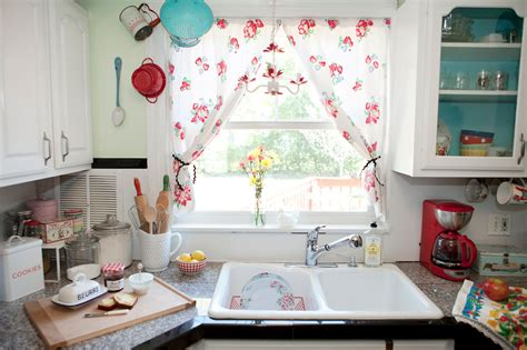 vintage style kitchen curtains a sort of fairytale i never met a strawberry i didn t like