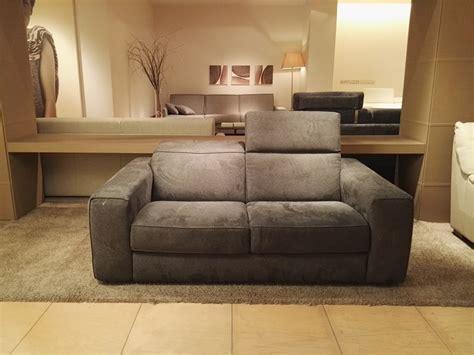 divani natuzzi outlet divano brio divani divani by natuzzi a prezzo outlet