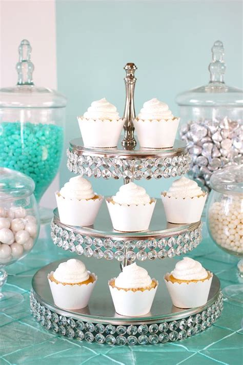 New Trend Alert Divorce Cakes by Best 25 Bling Cupcakes Ideas On Cupcake