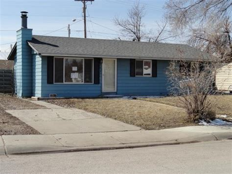 houses for sale gillette wy 304 e laramie st gillette wy 82716 reo home details foreclosure homes free