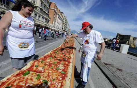 fast epp world s tallest the guinness world record breaking foods 25 pics