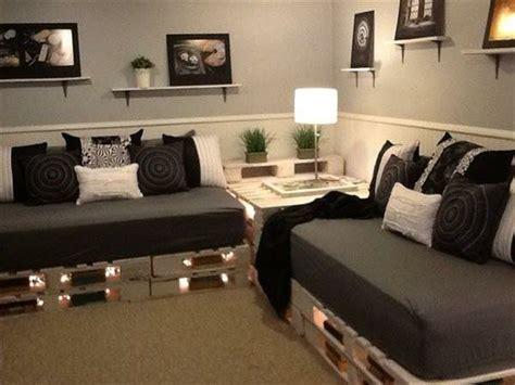 gestell aus paletten sofa aus paletten eine perfekte vollendung des