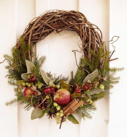 corone natalizie da appendere alla porta ornamenti natalizi norvegesi norlit