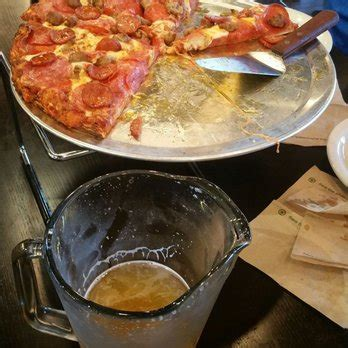 table wings review table pizza wings brew 35 photos 56 reviews