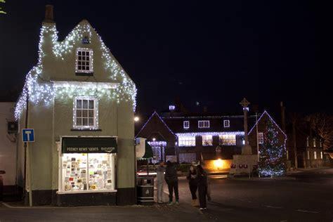 holt christmas lights oaktree cottage
