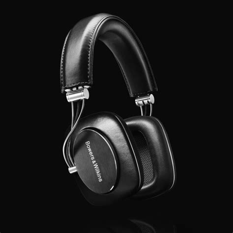 Bowers Wilkins P7 Black by Bowers Wilkins P7 Review