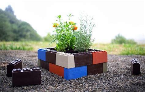 imagenes de jardines reciclados jardines con bloques togetherfarm paperblog