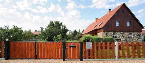 Garten Und Landschaftsbau Markkleeberg by Gartenzaun Holz Metallpfosten Bvrao