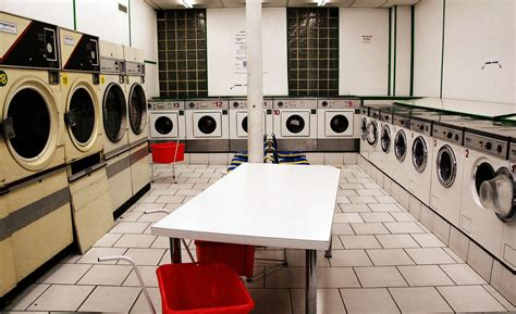 using laundry mat washer file laundry in jpg wikimedia commons
