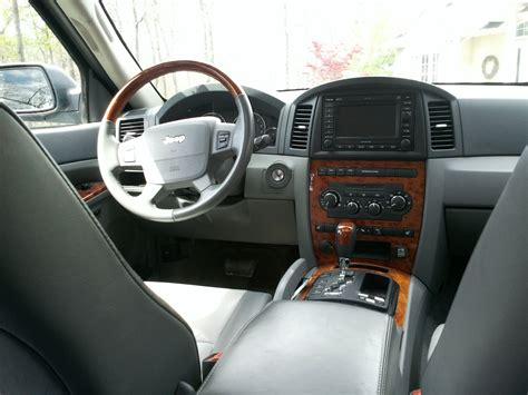 Jeep Overland Interior by 2006 Jeep Grand Interior Pictures Cargurus