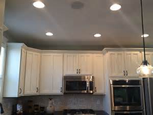 Kitchen Crown Molding Ideas by Crown Molding On Cabinets Kitchen Design Ideas Pinterest
