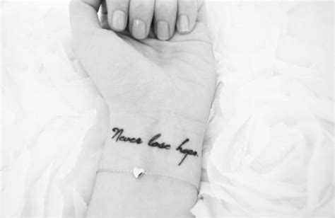 never lose hope tattoo small wrist saying never lose on