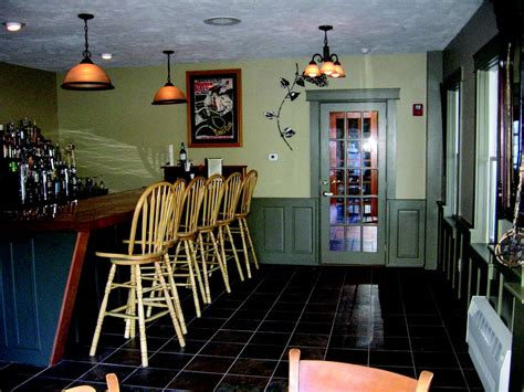 Traditions Restaurant and Pub - American (Traditional ... Locksmiths In Nh