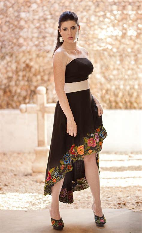 imagenes de vestidos de luto vestido de lino negro asimetrico con bordados en el